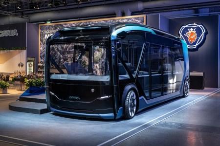 Шведы представили концепт автономного электрического транспорта Scania NXT, который трансформируется в автобус, грузовик или мусорную машину за счет модульной платформы