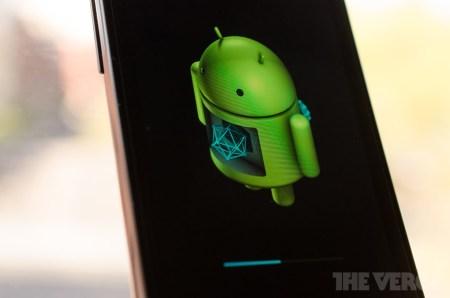 Вредоносное ПО смогло проникать на Android-смартфоны ещё даже до их отправки с завода