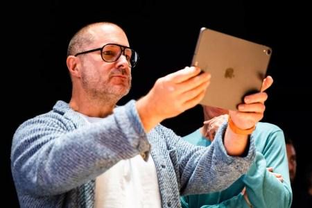Главный дизайнер Apple Джони Айв уходит из компании. Он решил создать собственную дизайн-студию LoveFrom
