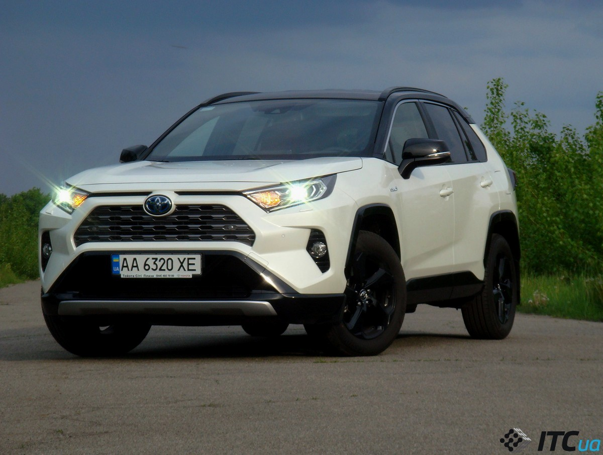 Тест-драйв <b>Toyota RAV4</b> Hybrid: новый бестселлер - ITC.ua