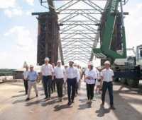 Виталий Кличко посетил строительство Подольско-Воскресенского моста и пообещал открыть автомобильное сообщение через него уже в конце следующего года - ITC.ua