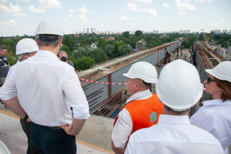 Виталий Кличко посетил строительство Подольско-Воскресенского моста и пообещал открыть автомобильное сообщение через него уже в конце следующего года