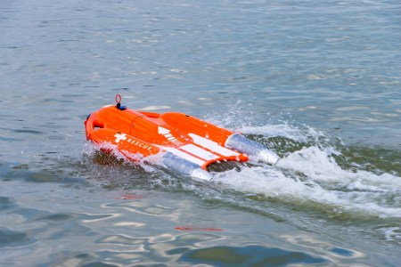 Dolphin 1 Smart Lifebuoy — инновационный «спасательный круг с моторчиком»