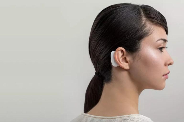 Стартап Neuralink Илона Маска показал «нити»-импланты для считывания данных из мозга и нейрохирургического робота для их вживления, испытания на людях начнутся уже в следующем году
