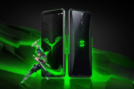 В ответ на ажиотаж вокруг ASUS ROG Phone 2 компания Xiaomi открыла предзаказы на пока еще не анонсированный игровой смарфон Black Shark 2 Pro без указания цены