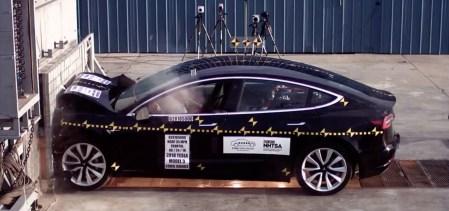 Tesla Model 3 — эталон в области активной безопасности по версии Euro NCAP [Видео краш-тестов]
