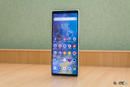 Смартфон Sony Xperia 1R (модель J8220) получит 5K дисплей (5040×2160 точек)
