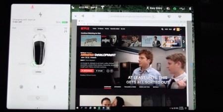 Илон Маск пообещал, что электромобили Tesla скоро смогут стримить видео с Netflix и YouTube на встроенные дисплеи (но только во время стоянки)