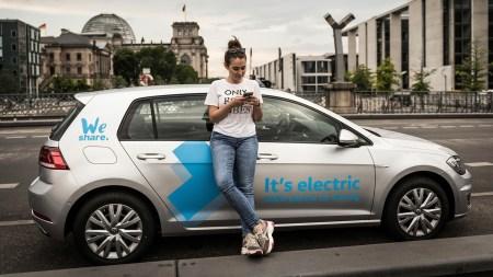 Volkswagen запустил в Берлине каршеринг электромобилей WeShare на основе VW e-Golf (позже к ним присоединятся VW e-up! и VW ID.3)
