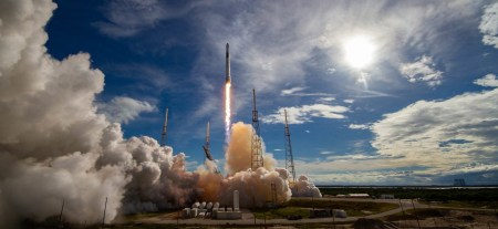 SpaceX анонсировала сервис «райдшеринга» для малых спутников