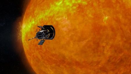 Зонд «Паркер» запечатлел движение солнечного ветра