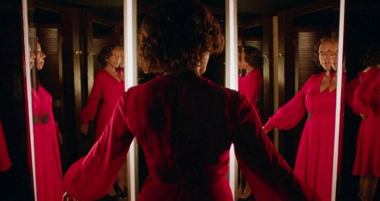 Рецензия на фильм «Маленькое красное платье» / In Fabric