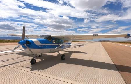 ROBOpilot, который представляет собой механический аналог пилота-человека, совершил первый полет
