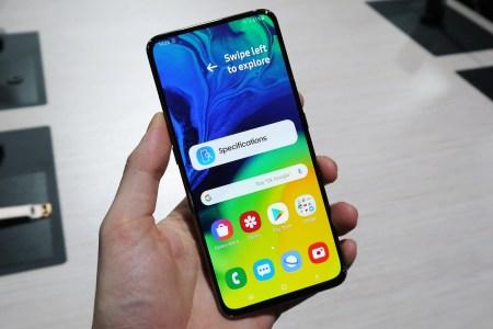 По слухам, осенью Samsung выпустит смартфон Galaxy M90 на основе Snapdragon 855, который будет копией модели Galaxy A90