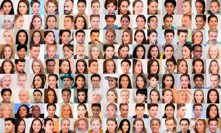 Generated Photos - первый крупный открытый датасет, состоящий из изображений лиц, сгенерированных нейросетью