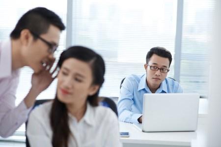 Дополненная реальность позволит офисным сотрудникам на время забыть о присутствии коллег по работе