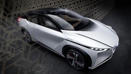 Nissan провел закрытую презентацию электрокроссовера с запасом хода 500 км и ускорением до сотни за 5 секунд, который собирается запустить в серию в 2021 году