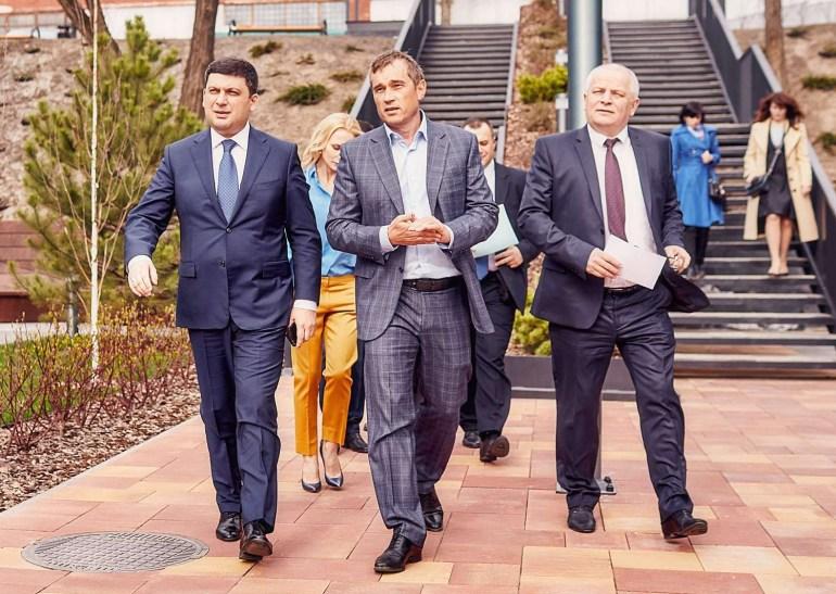 Макс Яковер и Максим Бахматов покинули UNIT.City, новым руководителем проекта назначили француза Доминика Пиоте