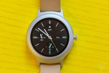 Google готова была выпустить умные часы Pixel несколько лет назад, но в последний момент отменила запуск. А все потому, что они выглядели не как устройство Pixel