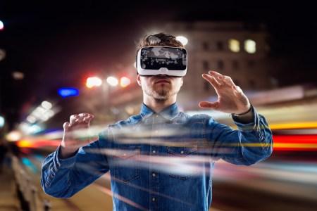 Исследователи из Microsoft разработали VR-систему, которая позволяет гулять в реальном мире, не покидая виртуальный