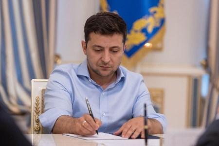 Зеленский подписал закон, открывающий космическую отрасль для частных компаний