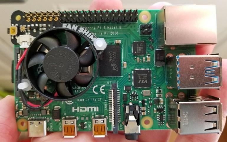 Новая прошивка позволила разогнать процессор Raspberry Pi 4 до 2147 МГц, обеспечив прирост производительности до 50% по сравнению с номиналом