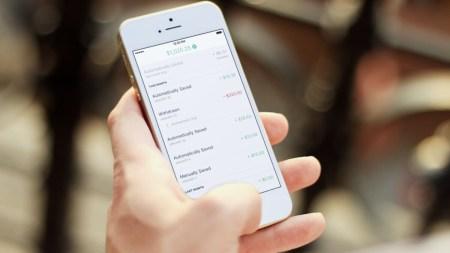 Владельцам старых iPhone и iPad рекомендуется срочно установить обновление iOS 10.3.4, чтобы избежать проблем в работе GPS, интернета, электронной почты и других функций