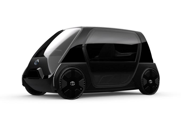 Toyota представила электрический двухместный сити-кар, который выйдет на рынок в 2020 году 02