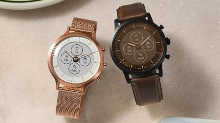 Fossil представила умные часы с экраном на электронных чернилах и стрелками