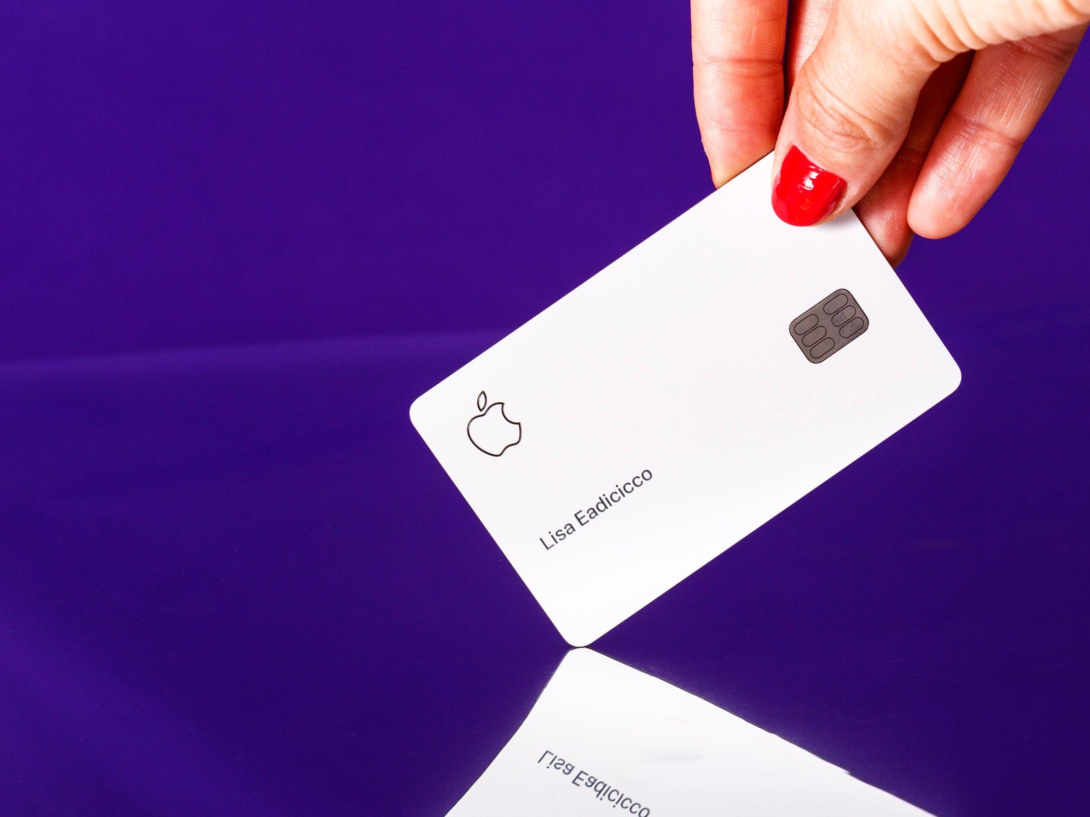 LeMonde: кредитную карту Apple обвинили всексизме
