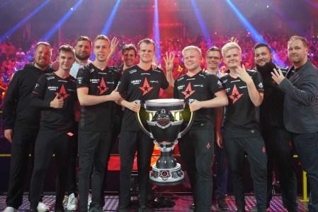 Датская киберспортивная команда Astralis (чемпион по Counter-Strike: Global Offensive) первой выйдет на биржу