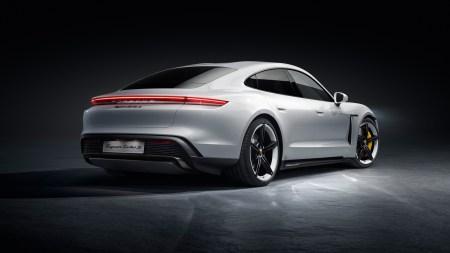 Владельцы автомобилей Porsche в Китае хотят перейти с iPhone на Android из-за отсутствия поддержки 5G в смартфонах Apple - ITC.ua