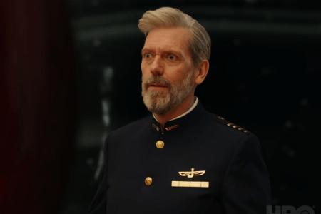 Первый тизер-трейлер комедийного сериала «Avenue 5» от HBO с Хью Лори в роли капитана круизного космического корабля, терпящего бедствие