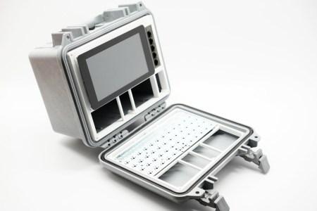 Так выглядит кибердека на базе Raspberry Pi – компьютер на случай конца света