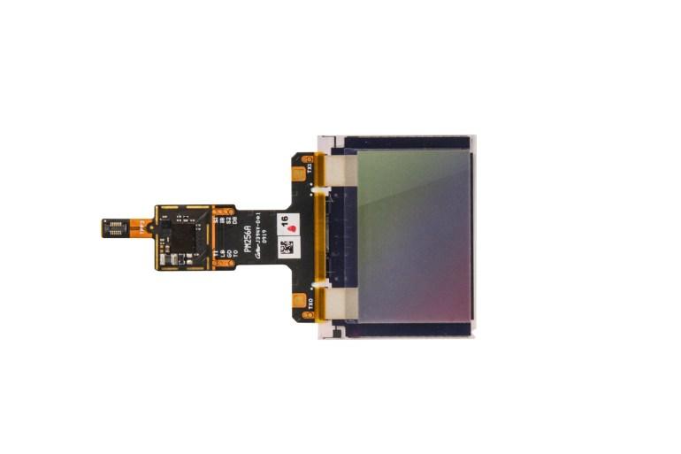Qualcomm представила новый ультразвуковой подэкранный сканер 3D Sonic Max для смартфонов. Он в 17 раз крупнее предшественника и способен распознавать два пальца одновременно