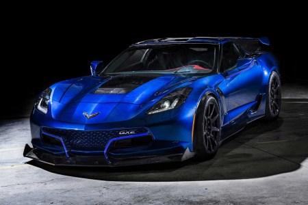 Электрический спорткар Genovation GXE стоимостью $750 тыс. на основе Chevrolet Corvette разогнался до 340 км/ч [видео]
