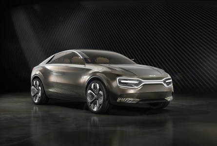 Официально: Футуристичный кроссовер Kia Imagine превратится в серийный электромобиль уже в 2021 году