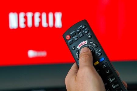 В США и Канаде у Netflix 67,1 млн подписчиков (каждый приносит в среднем $12,4), в Европе — 47,3 млн ($10,3), в Южной Америке — 29,4 млн ($8,2), в Азии — 14,5 млн ($9,3)