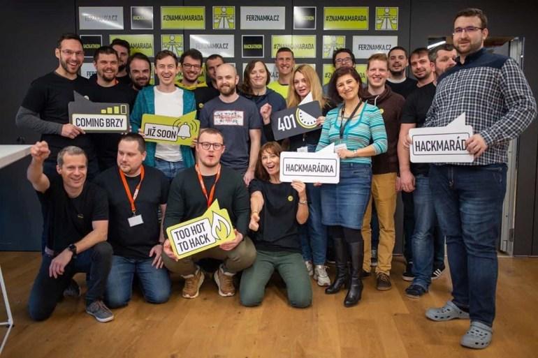 В Чехии программисты-энтузиасты за выходные и совершенно бесплатно сделали сайт, на который правительство хотело потратить 16 млн евро