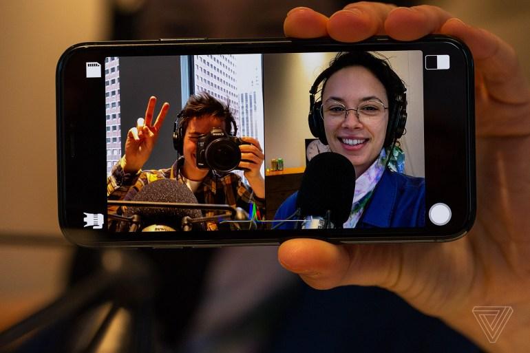 Вышло приложение Filmic DoubleTake для iOS, позволяющее снимать видео одновременно с двух камер iPhone