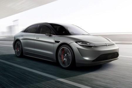 Sony представила на CES 2020 концепт электромобиля Vision-S с двумя электродвигателями мощностью 400 кВт и 33 сенсорами и камерами