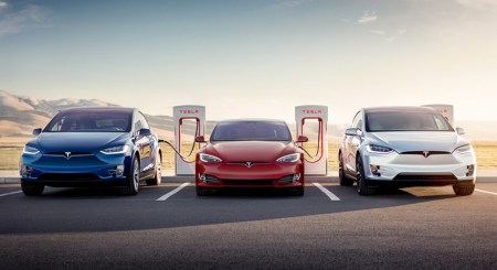 Tesla Supercharger в Украине — первые три станции появятся уже в этом квартале
