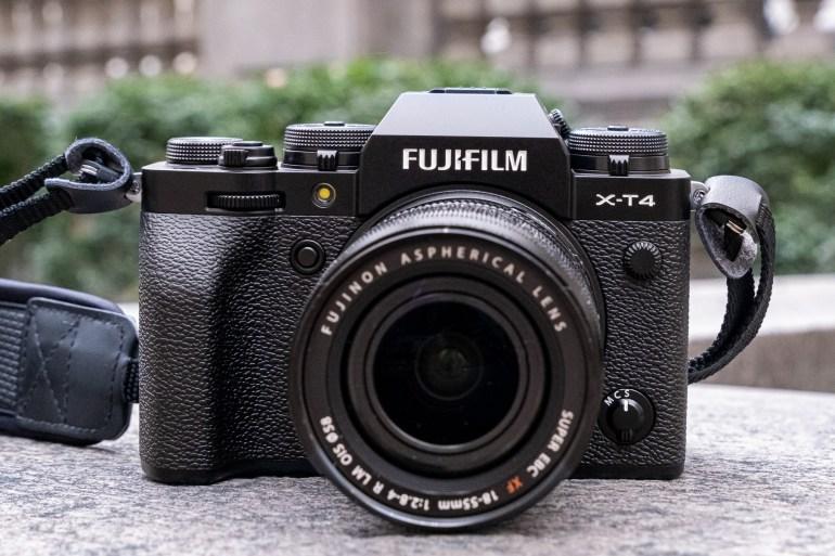 Анонсирована беззеркальная камера Fujifilm X-T4 со встроенной системой стабилизации и поддержкой записи видео 4K/60p