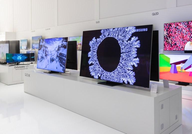 Телевизоры на Samsung Forum 2020: обновленный QLED 8K, телевизор для миллениалов The Sero, обновления интерьерных моделей The Frame и The Serif