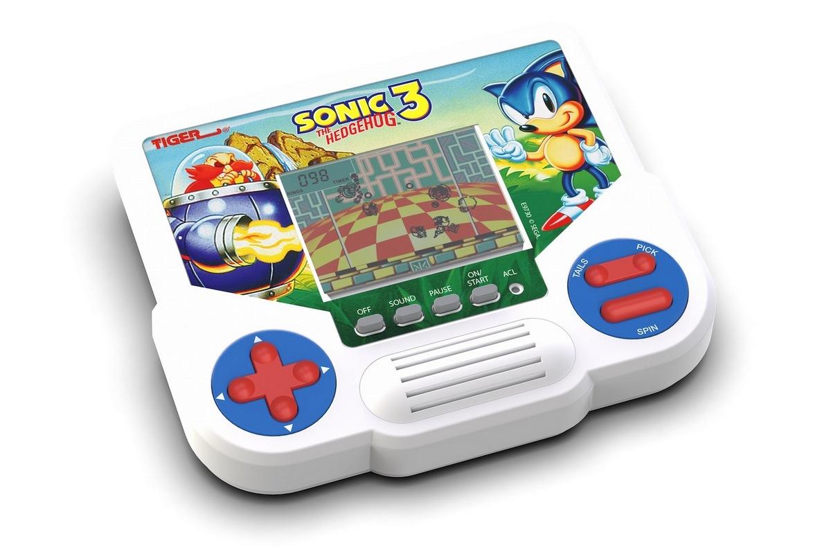 Hasbro анонсировала выход ретро-консоли Tiger Electronics LCD - модель с одной игрой и монохромным экраном будет стоить $14,99 - ITC.ua