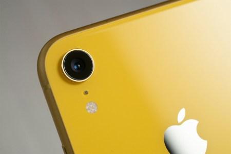 Либо Apple iPhone, либо Samsung Galaxy. Counterpoint Research назвали десять самых продаваемых смартфонов 2019 года