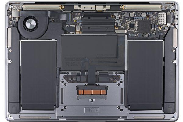 iFixit разобрали новый MacBook Air и обнаружили, что более надёжная клавиатура всего на 0,5 мм толще своей предшественницы