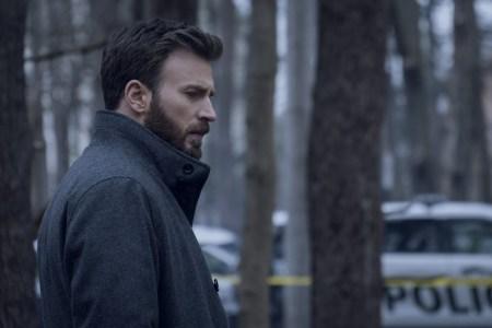 Герой Криса Эванса пытается доказать невиновность своего сына, обвиняемого в убийстве, в дебютном трейлере грядущего мини-сериала Defending Jacob