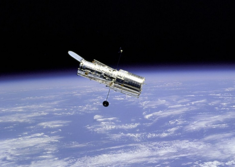 Hubble Space Telescope: 30 лет в космосе