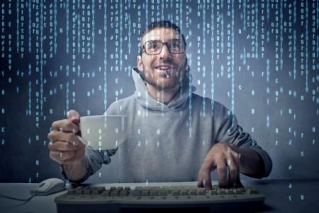 DOU.UA провел «карантинный» опрос украинских IT-специалистов: им нравится не тратить время на дорогу, но не хватает коммуникции с коллегами, а страх вызывают кризис и здоровье